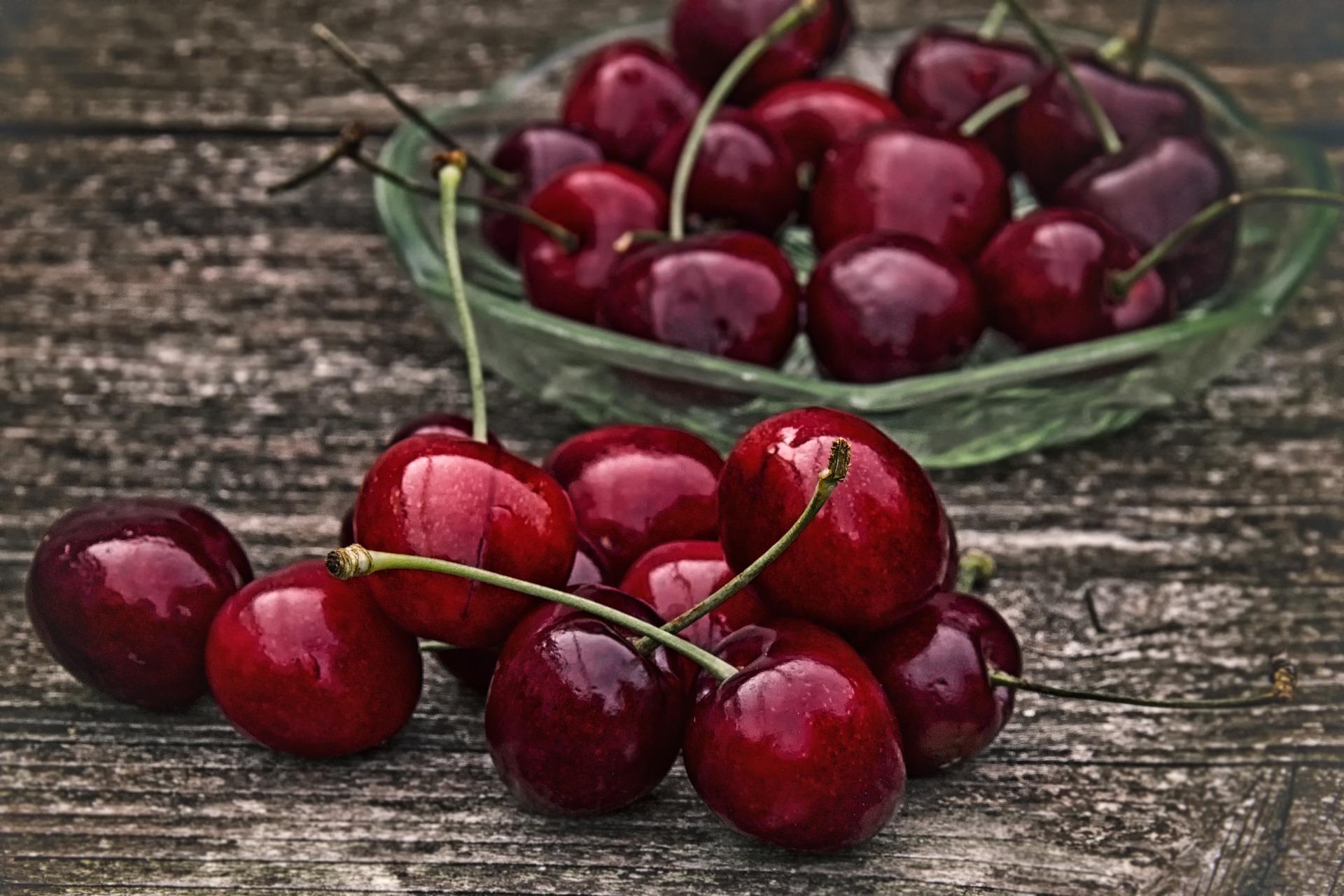 cherry-2369275_1920